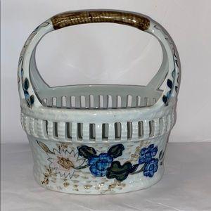 Ethan Allen Accents - Ethan Allen Ceramic Basket